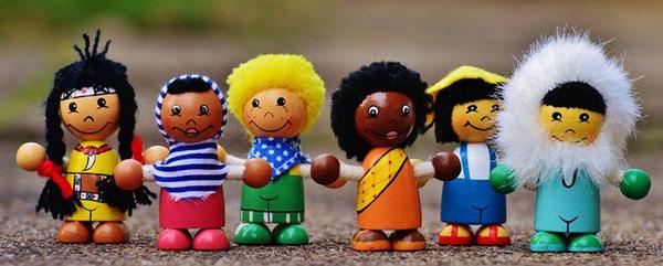La importancia del juego y los juguetes en el desarrollo de los niños y niñas